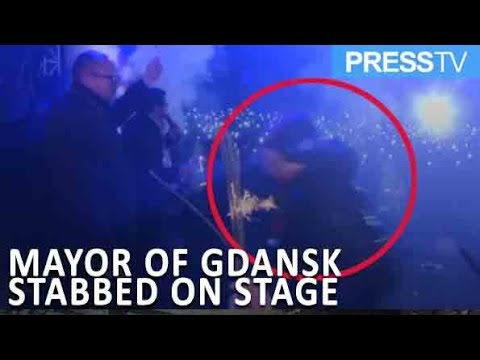 [15 January 2019] Video: Mayor of Gdansk stabbed on stage at charity event - English