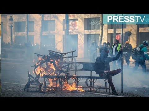 [17 March 2019] Yellow vests, police clash in Paris on day of \'ultimatum\' - English